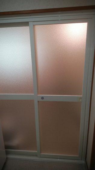 扉 交換 風呂 浴室ドアが劣化してきた!交換方法とそのタイミング|定額リフォームのリノコ